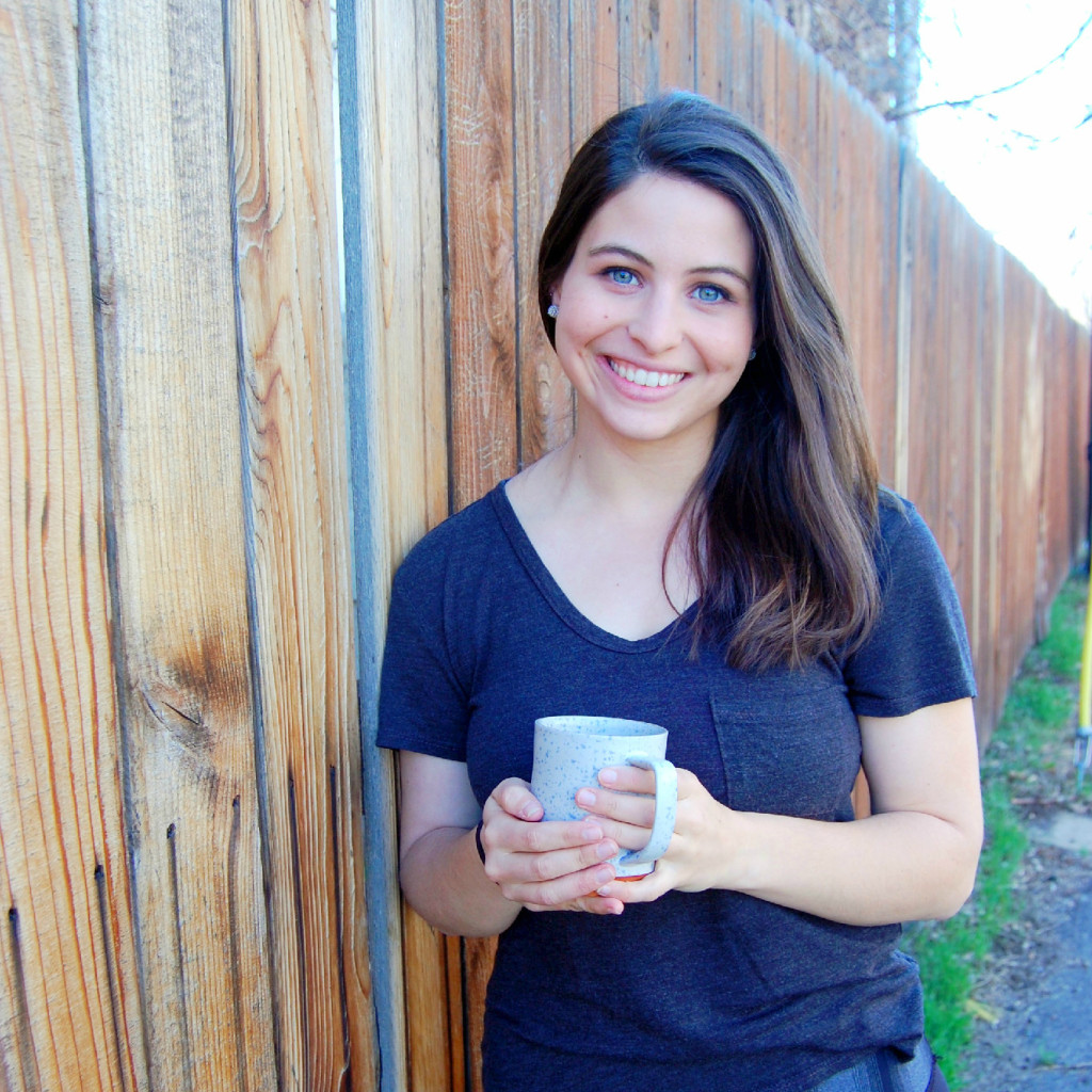Meet Marisa! Blogger behind uprootkitchen.com, a healthy recipe website