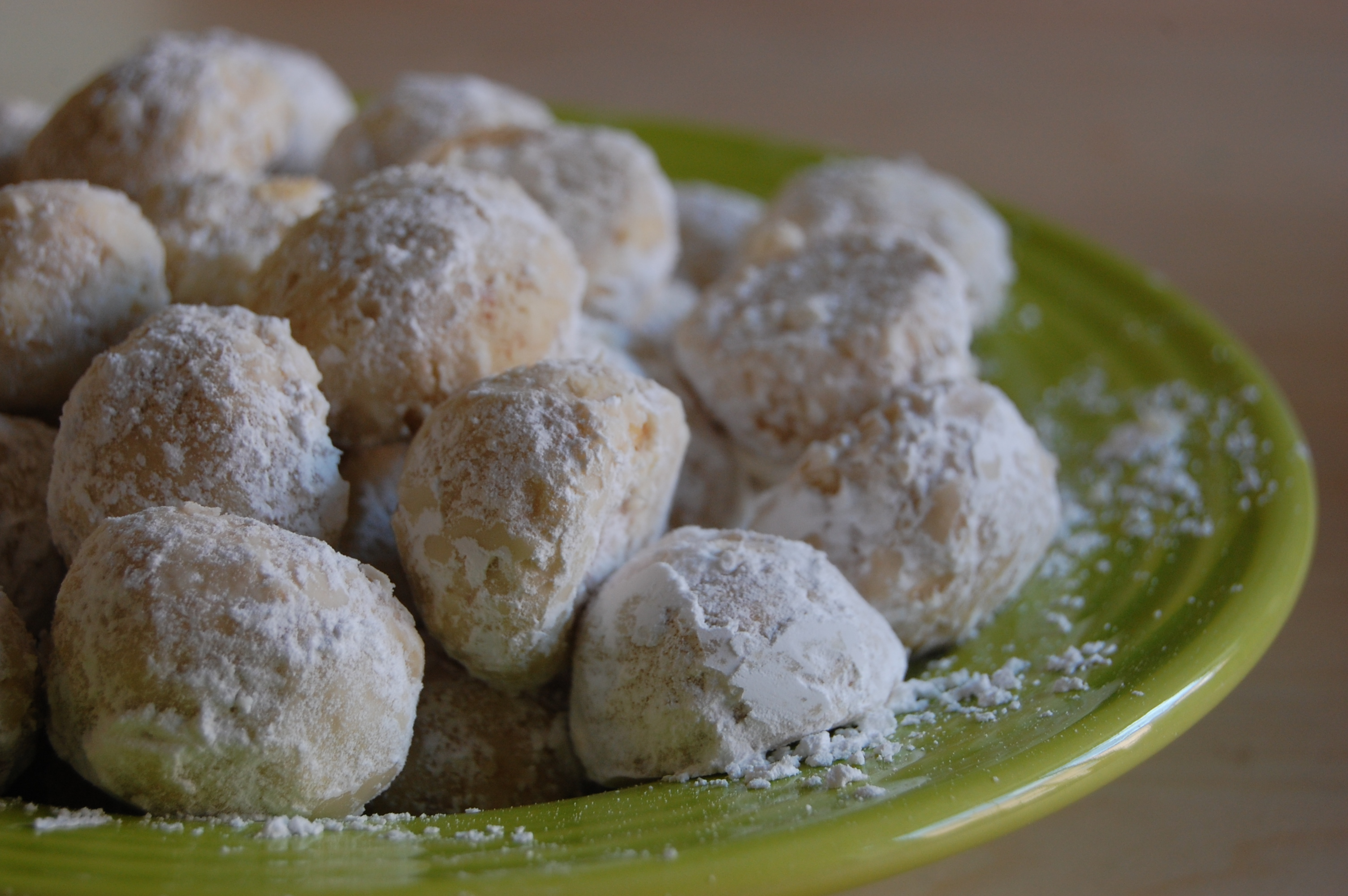 Almond Mexican Wedding Cookies