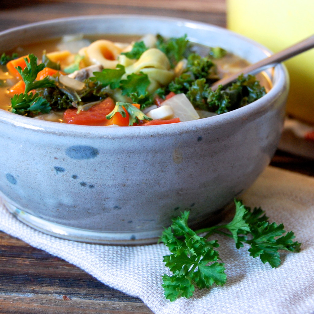 Kale Tortellini Soup | uprootfromoregon.com