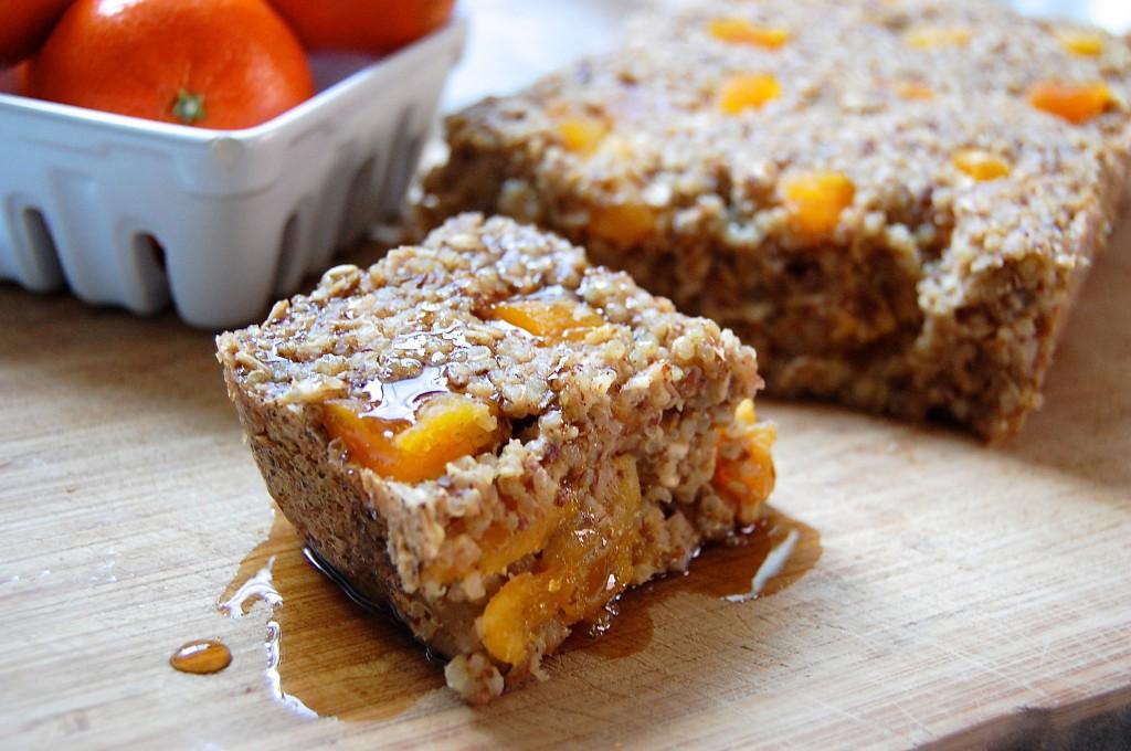 Apricot Quinoa Oatmeal Bake