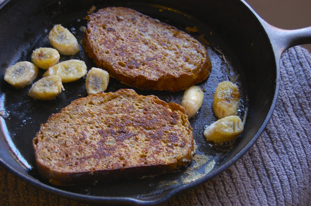 French Toast and Sauteed Bananas