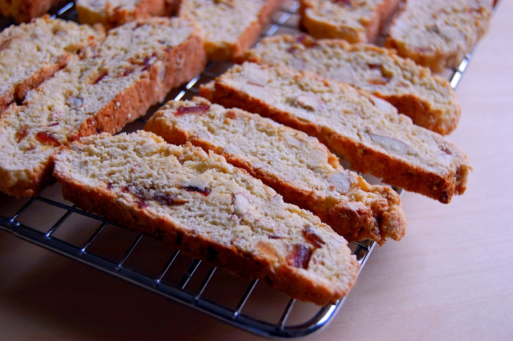 How to Make Easy Biscotti