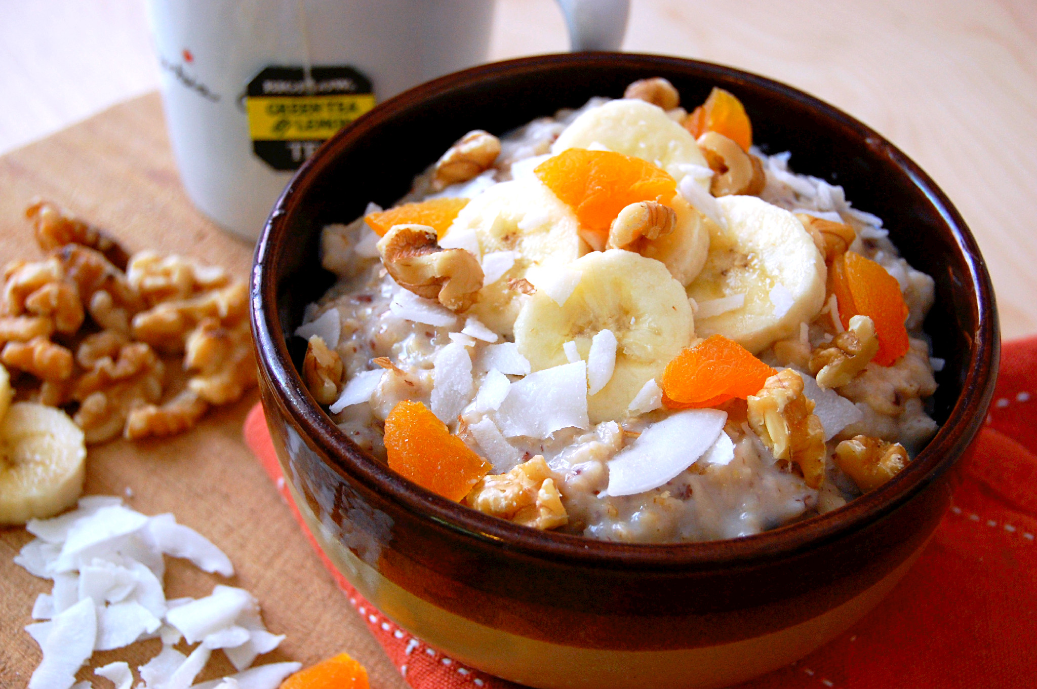 Green Tea Oatmeal with Banana, Walnuts, Apricots and Coconut