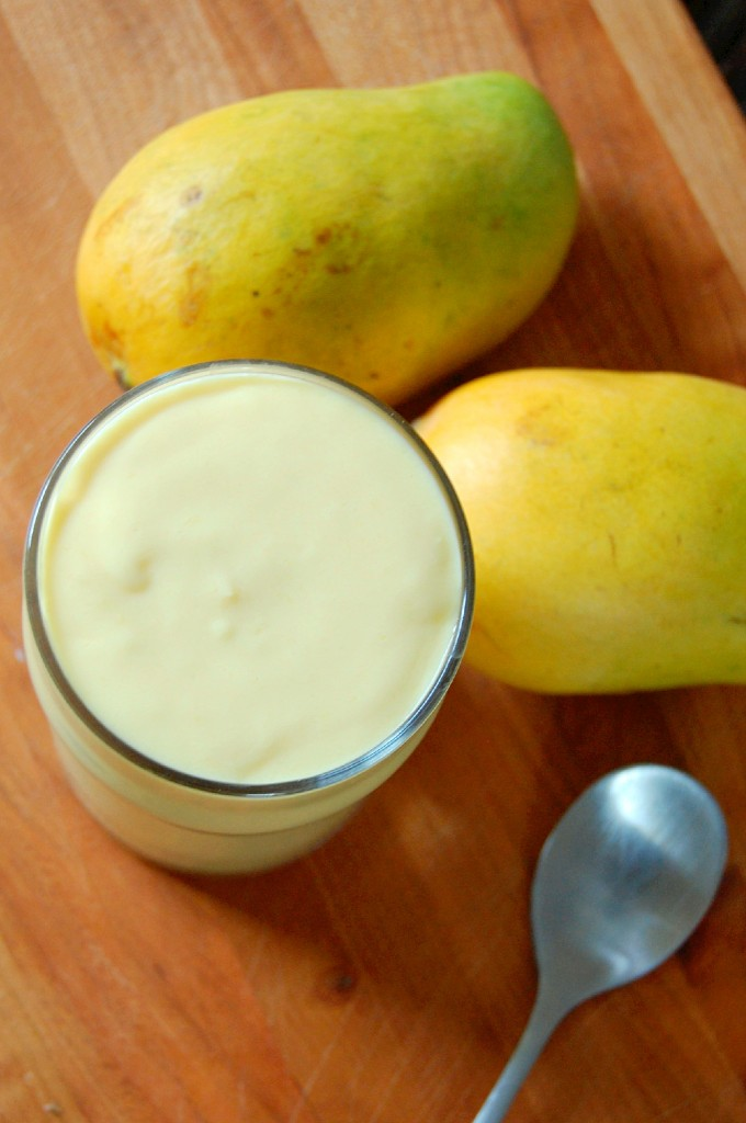 Sweet Mango Yogurt Smoothie