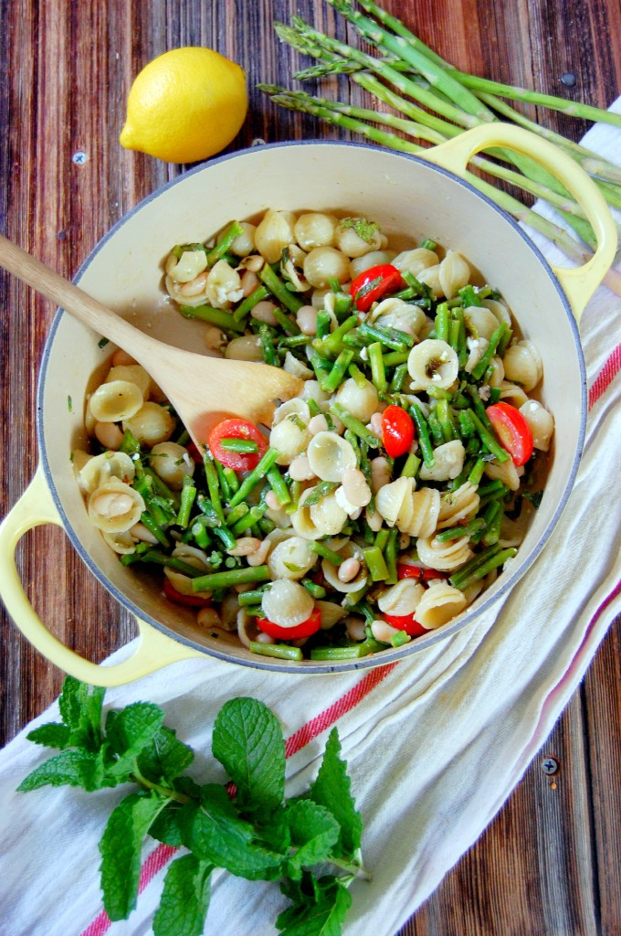 Lemon Asparagus Summer Pasta with Feta, Mint, and White Beans
