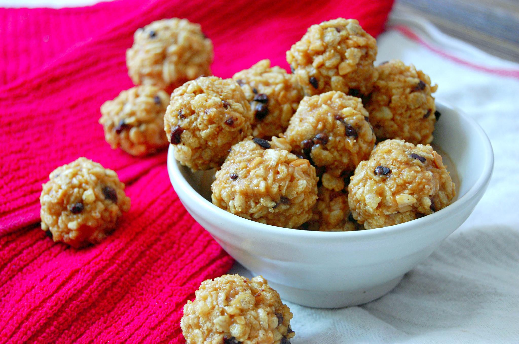 Peanut Butter Snack Balls | uprootkitchen.com