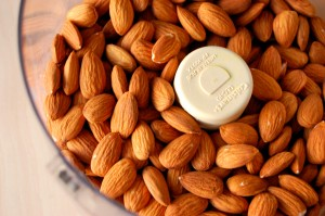 How to Grind Almonds into Almond Butter