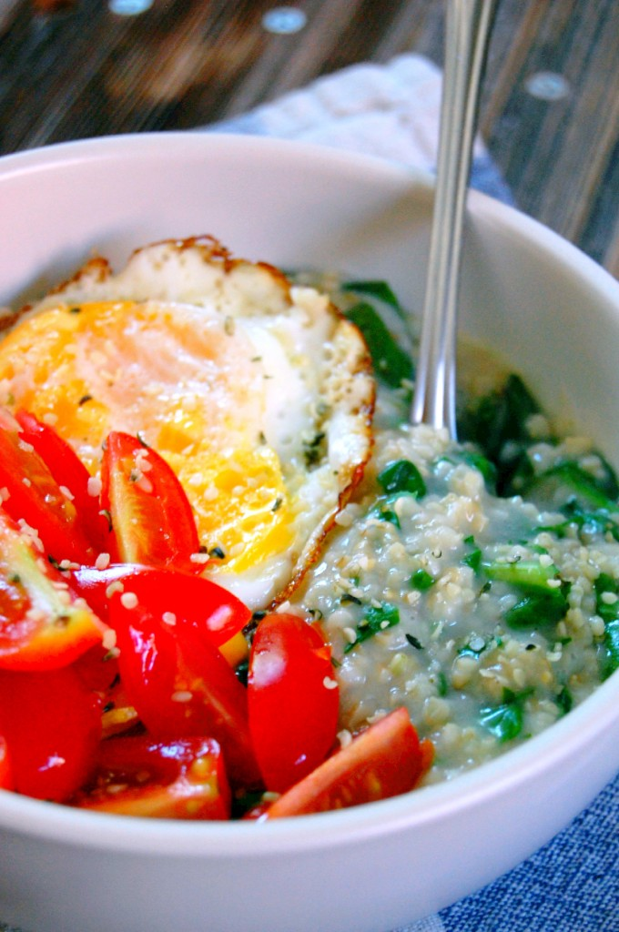 Savory Spinach Steel Cut Oatmeal with Egg, Tomato, and Hemp Seeds