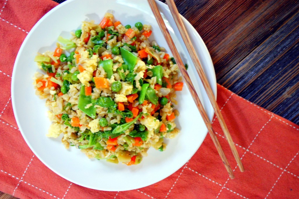 Veggie Fried Rice - a perfect combo of chopped mixed vegetables, brown rice, scrambled egg and soy sauce