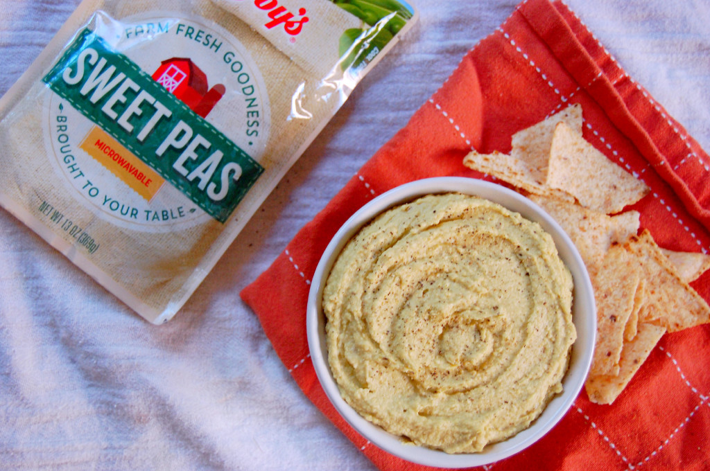 Sweet Pea Hummus made using Libby's Vegetable Pouches #ad | uprootfromoregon.com