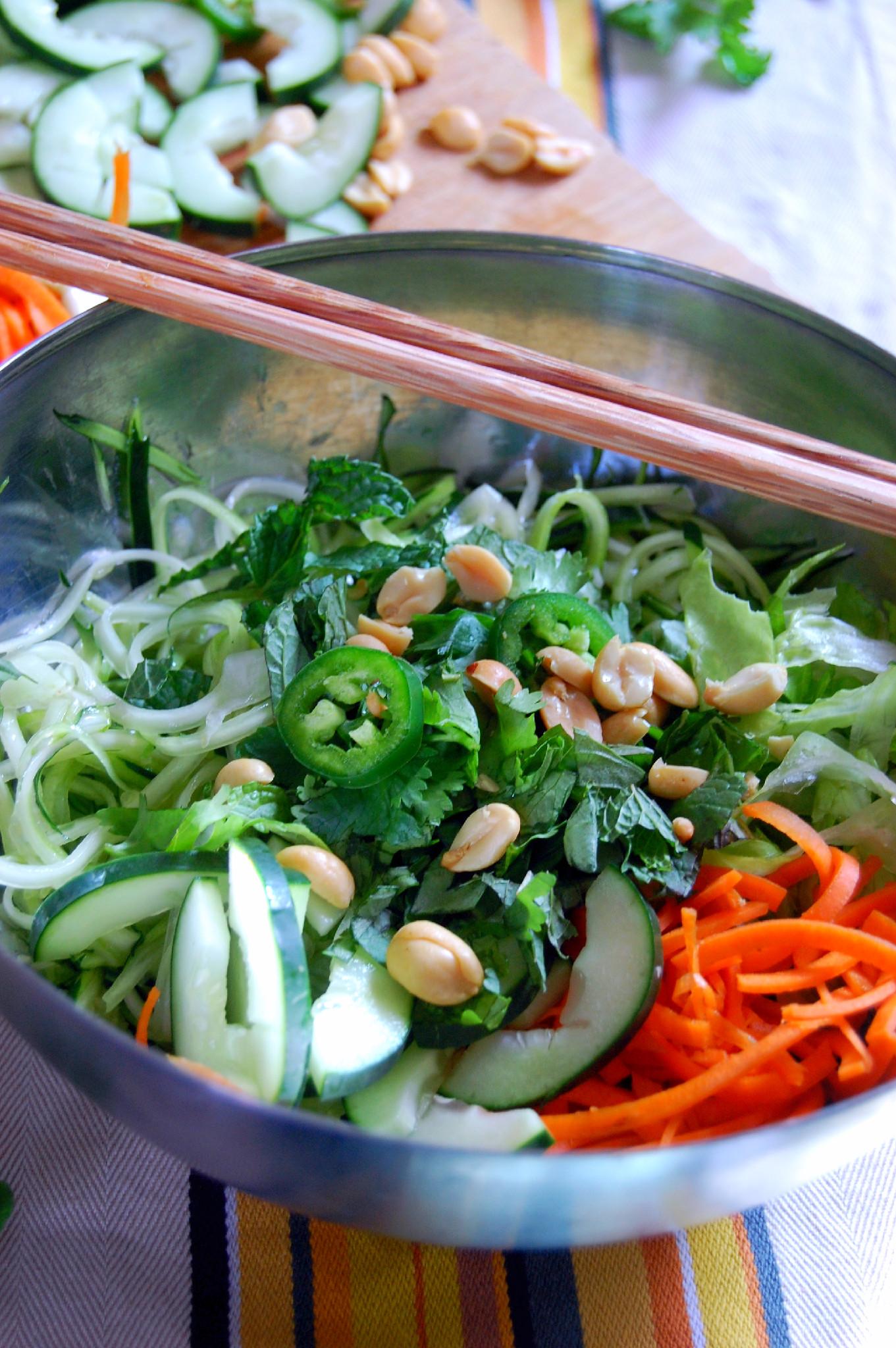 Vietnamese Zucchini Noodle Bowl {Bún Chà} |