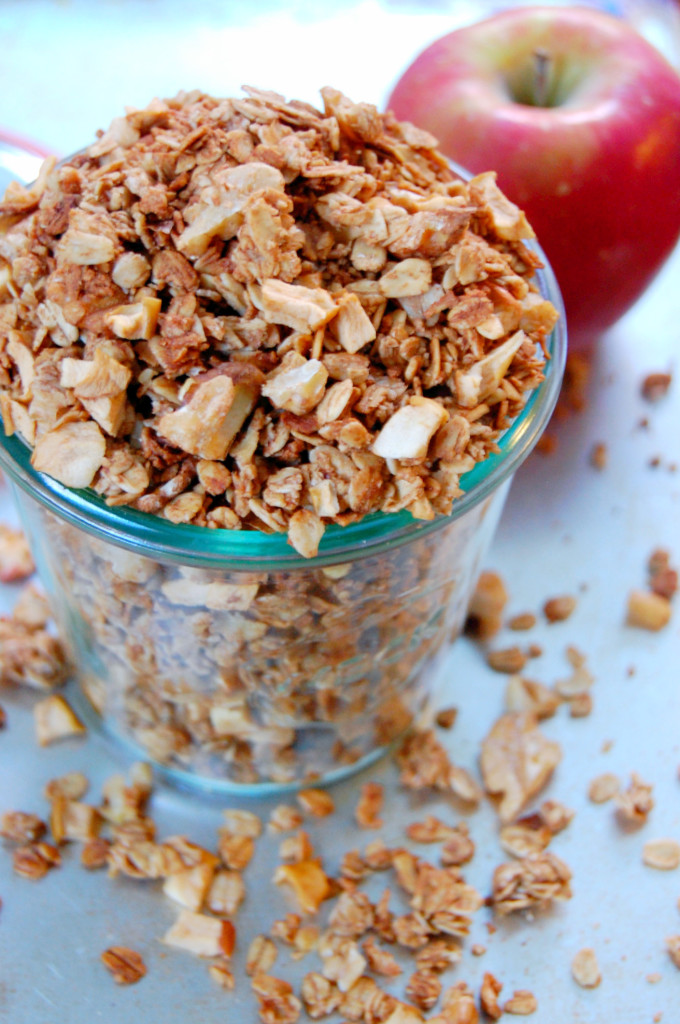 Apple Pie Granola - a tasty recipe stuffed with dried apple bits that are easy to make yourself! | Uproot from Oregon