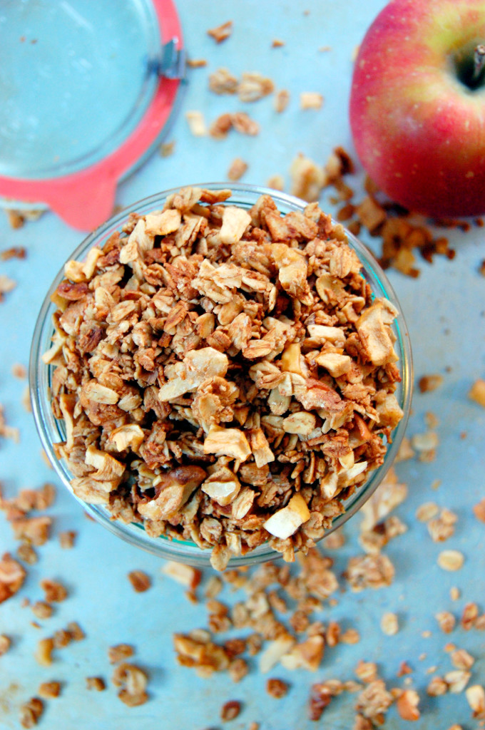 Sweet and Crunchy Apple Pie Granola | Uproot from Oregon