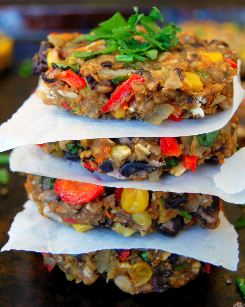 Delicious Green Chile Black Bean Burgers #vegetarian #mealprep | Uproot from Oregon