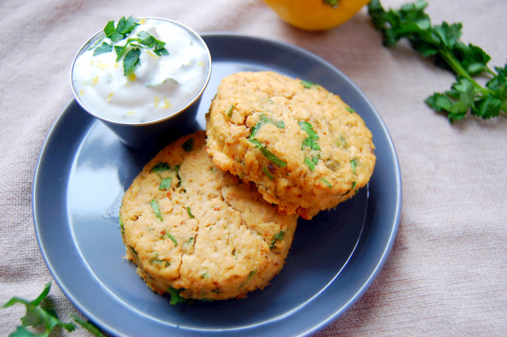 Baked Salmon Cakes with Lemon Parsley Yogurt Sauce