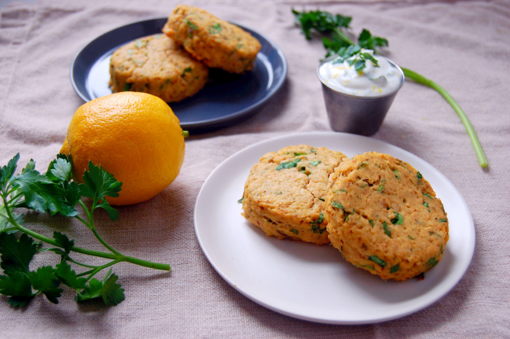 Flavorful and Simple Baked Salmon Cakes with Lemon Parsley Yogurt ...
