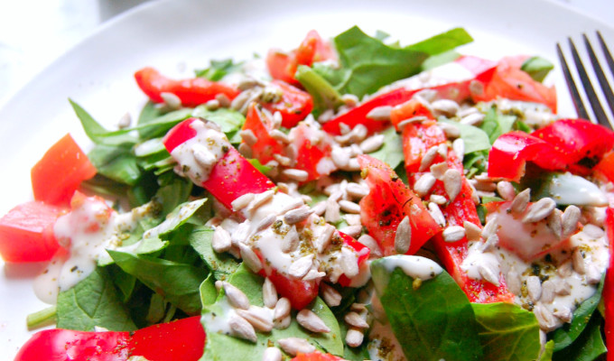 Middle Eastern Spinach Salad with Za'atar and Hummus