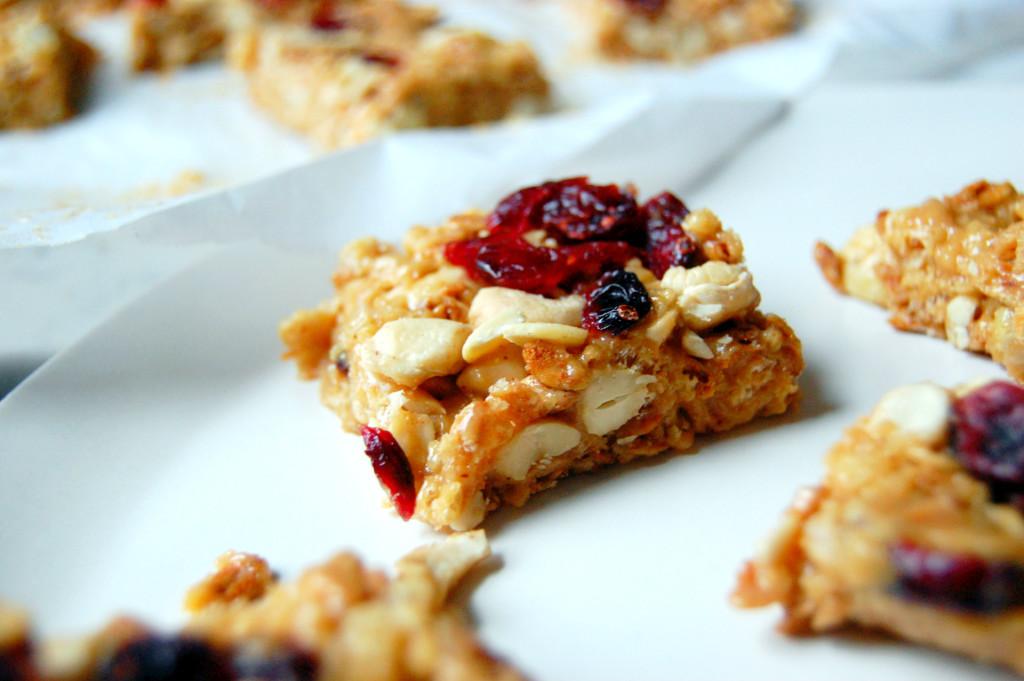 No Bake Cranberry Cashew Bars | uprootfromoregon.com