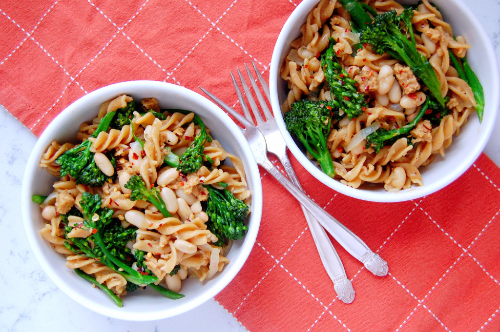 One Pot Broccolini Pasta with Sausage and White Beans | uprootfromoregon.com