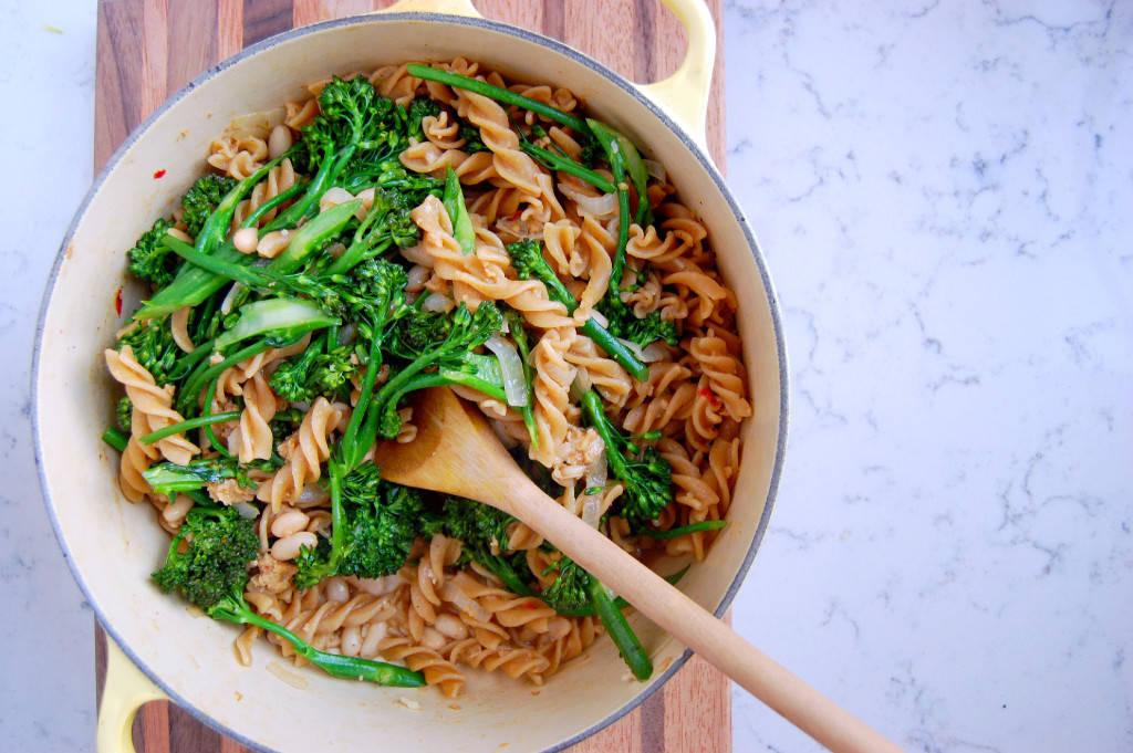 One Pot Broccolini Pasta with whole wheat noodles, sausage, white beans, and red pepper flakes | uprootfromoregon.com