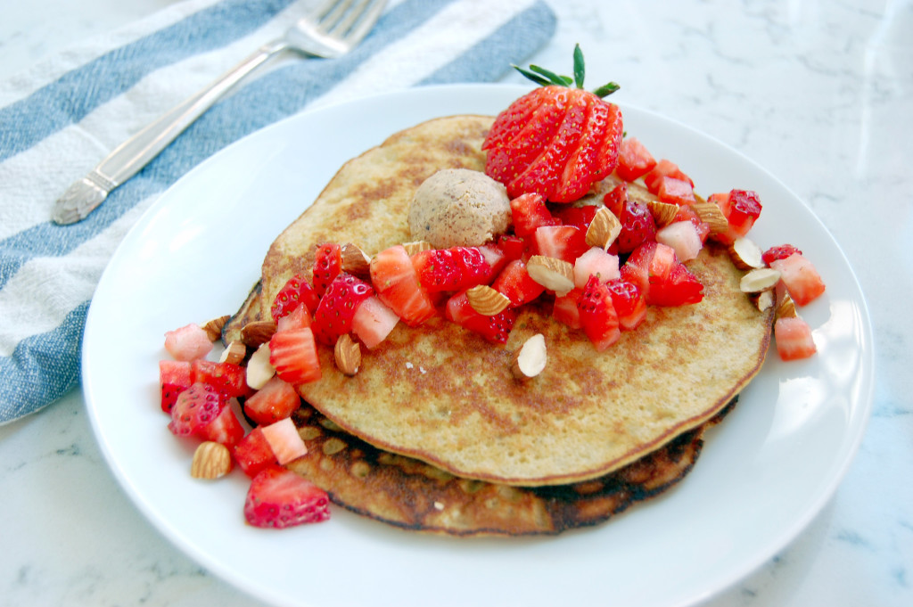 Almond Strawberry 3 Ingredient Pancakes (GF) - uprootfromoregon.com