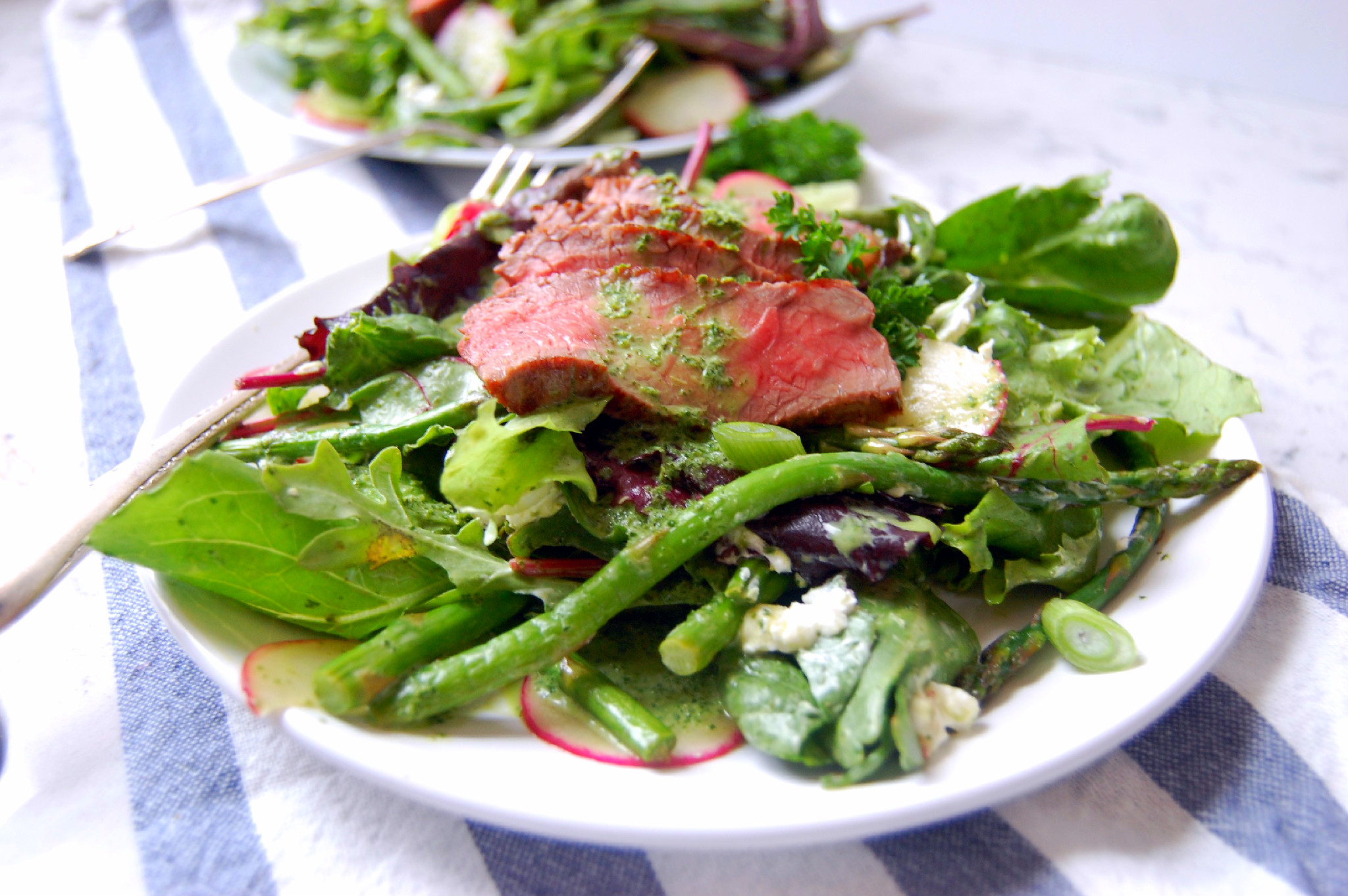 Steak Salad with Asparagus, Radishes, Goat Cheese, and Spring Onions | uprootkitchen.com