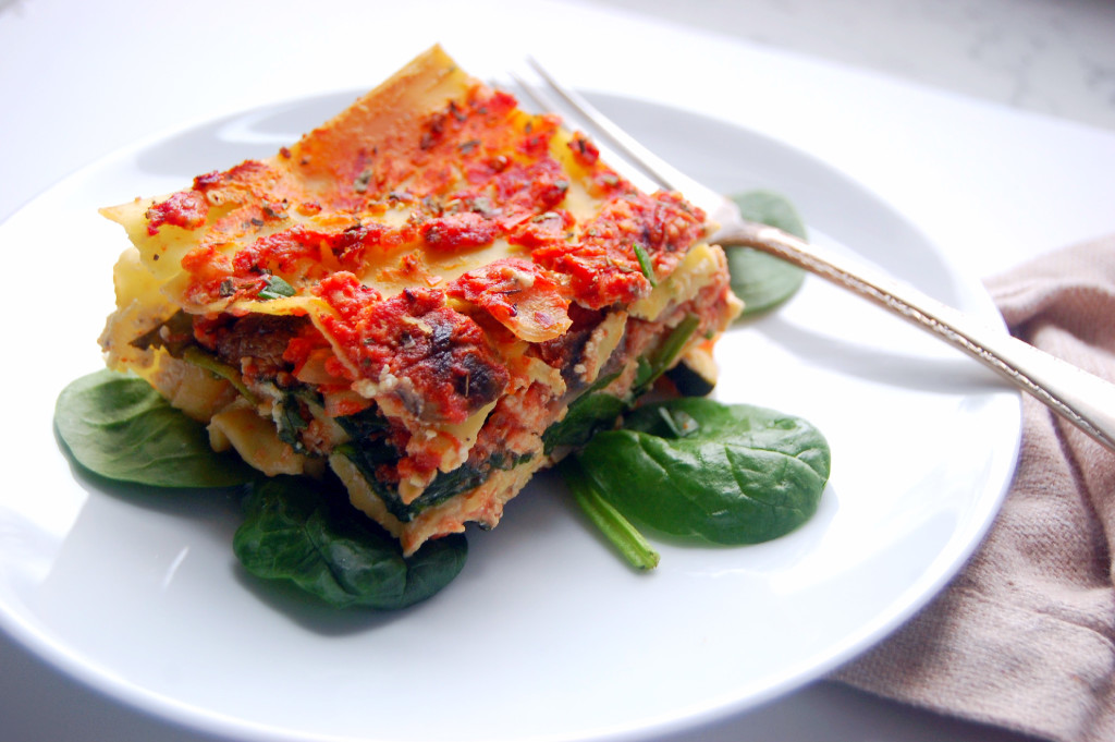 This veggie-packed high protein lasagna recipe is the perfect one pan meal - packed with ground turkey, tofu ricotta, and lots of veggies! #dairyfree | uprootfromoregon.com