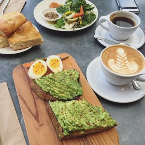 Breakfast at Bartavelle | uprootfromoregon.com