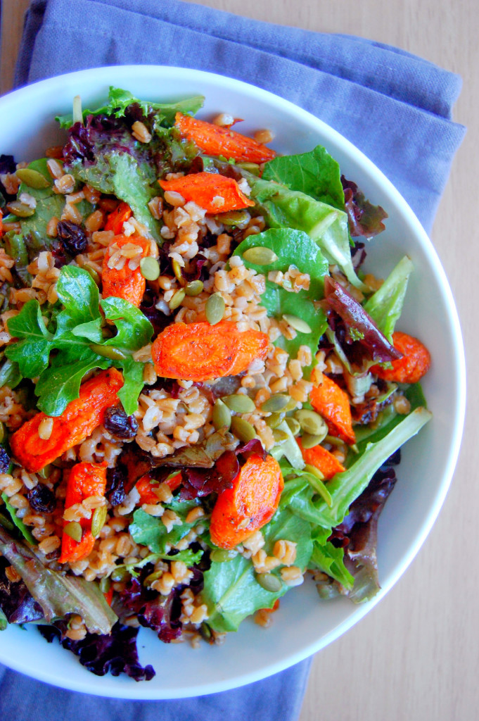 Cinnamon Roasted Carrot and Farro Salad, a perfect vegetarian fall main dish or side | uprootfromoregon.com