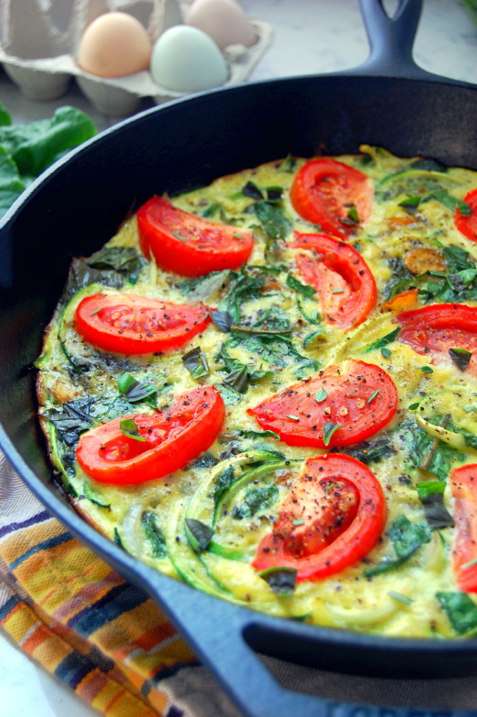Late summer seasonal Zucchini Noodle Frittata with Swiss Chard and Tomatoes - perfect for brunch or breakfast for the week | uprootfromoregon.com