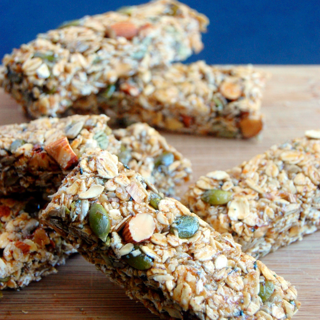Seed Kitchen And Bar: The Essential Nut And Seed Granola Bar