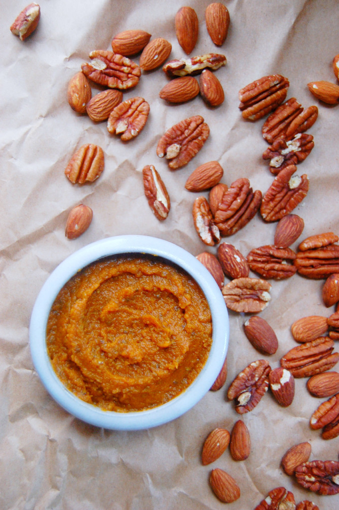 Homemade spiced pumpkin butter with a few simple ingredients, including chia seeds to thicken and maple syrup to sweeten! | uprootfromoregon.com