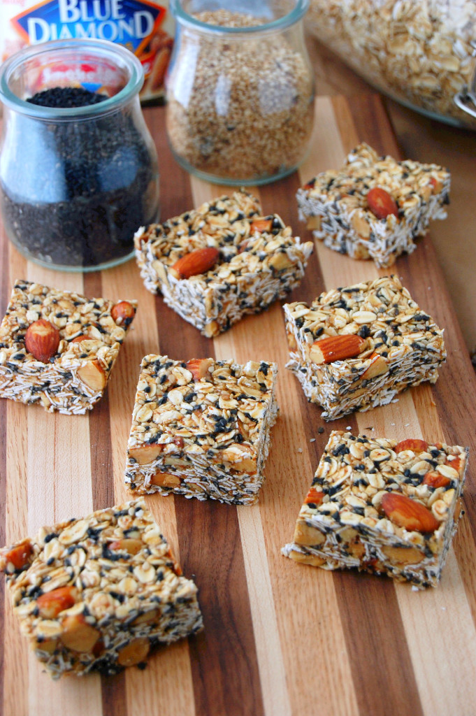 Quick No Bake Toasted Oat and Sesame Granola Bars | uprootfromoregon.com