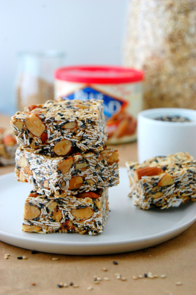 Toasted Oat, Smoked Almonds and Sesame Granola Bars - a simple no-bake snack recipe #ad | uprootfromoregon.com