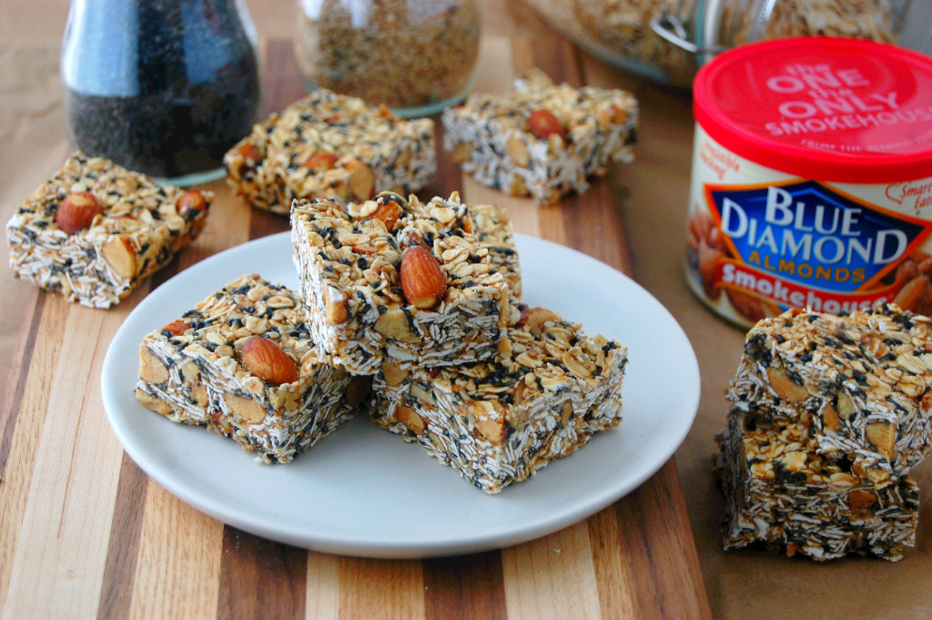 Toasted Oat and Sesame Granola Bars #ad | uprootfromoregon.com