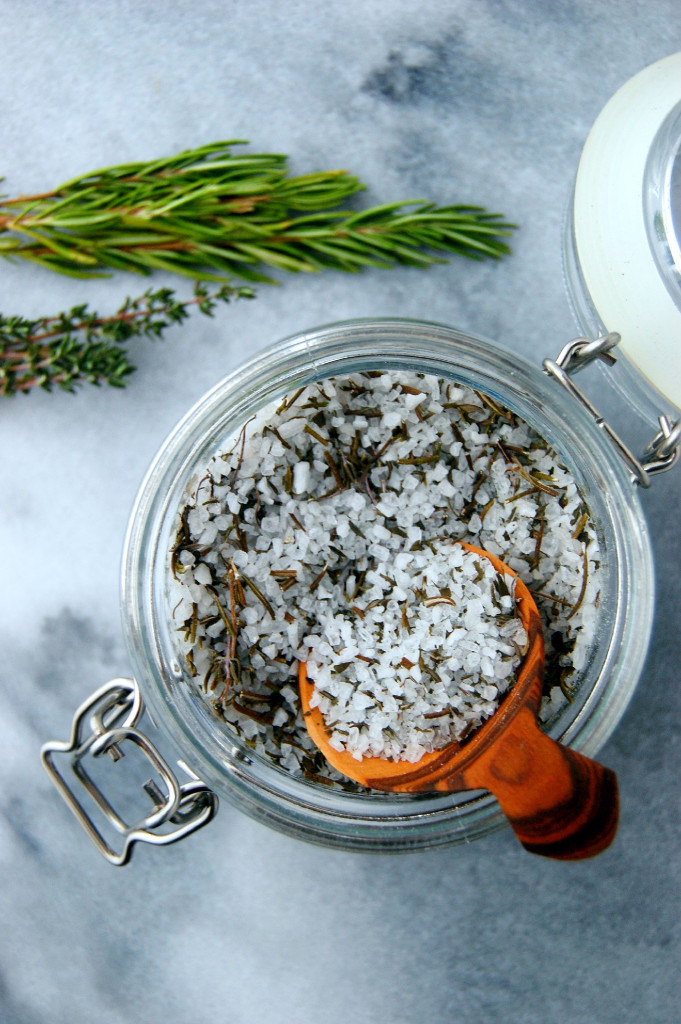 Coarse sea salt gives this Garden Herb Salt Mix a gourmet edge! A perfect edible DIY gift.
