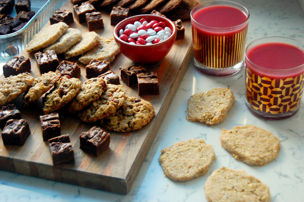Hosting a Cookie Swap? Get ideas for what cookies to make and what to think about before everyone comes over!