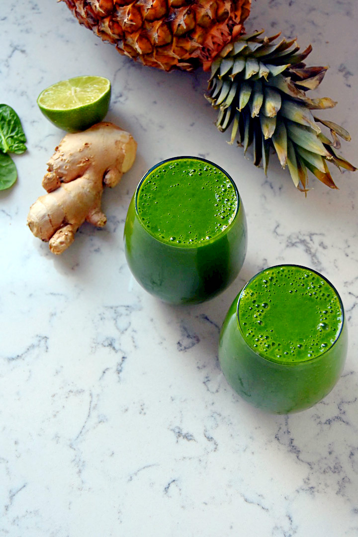 A refreshing and vitamin-packed Ginger Lime Green Smoothie | uprootkitchen.com