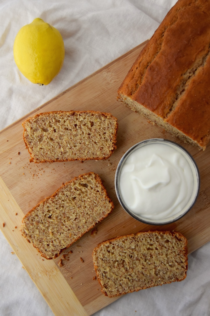 This Whole Wheat Yogurt Quick Bread is a 7 ingredient, one-bowl loaf you can throw together quickly for the week. | uprootkitchen.com