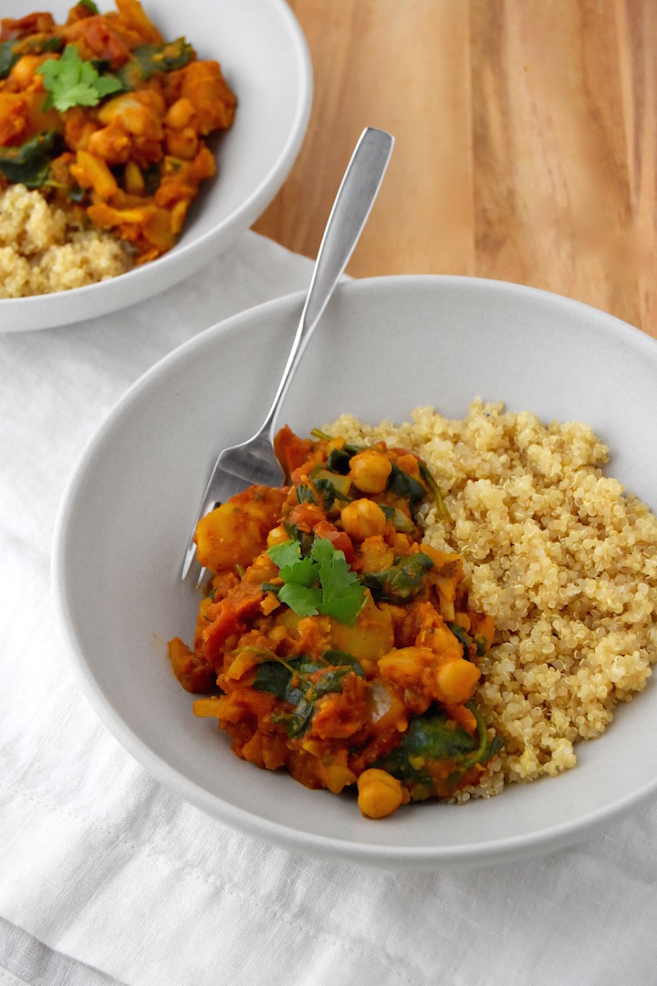 This Potato and Chickpea Curry is a great start if you're looking to make Indian curry at home. It's a filling and hearty plant-based dinner option (vegan and gluten-free). | uprootkitchen.com