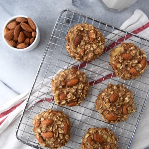 These 3 Ingredient Banana Oat Cookies are perfect for a wholesome snack to power you through the afternoon or satisfy your sweet tooth.