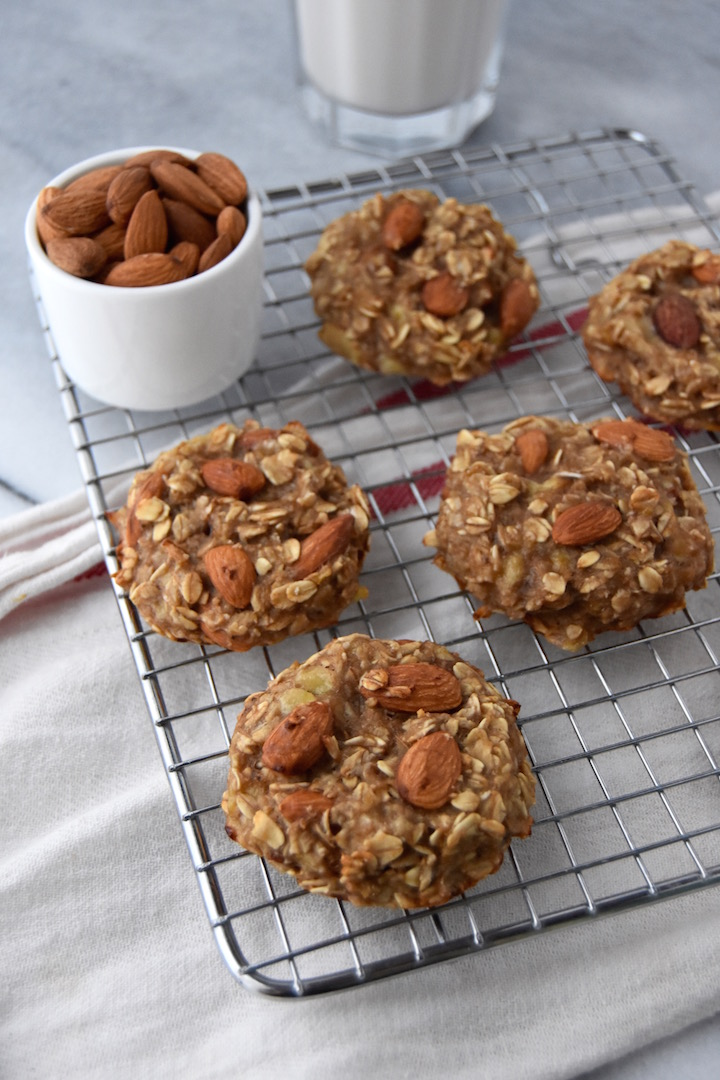 These 3 Ingredient Banana Oat Cookies are perfect for a wholesome snack to power you through the afternoon or satisfy your sweet tooth. | uprootkitchen.com