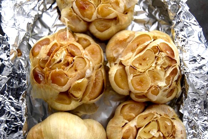 Roasted Garlic Heads | uprootkitchen.com
