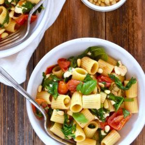 Roasted Tomato and Mozzarella Rigatoni Pasta | uprootkitchen.com
