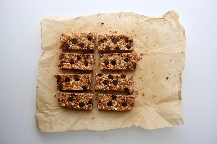 4 Ingredient Peanut Butter Chocolate Chip Granola Bars | uprootkitchen.com