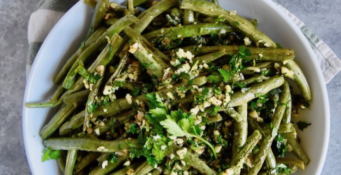 Roasted Green Beans with Lemon Herb Gremolata