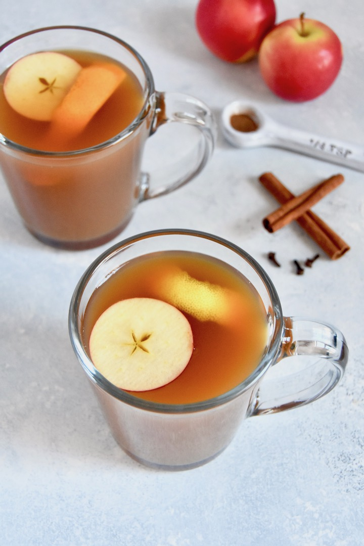 Slow Cooker Mulled Apple Cider recipe | uprootkitchen.com