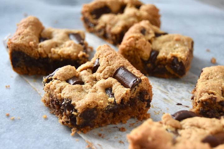 Small Batch Flourless Nut Butter Cookie Bars | uprootkitchen.com