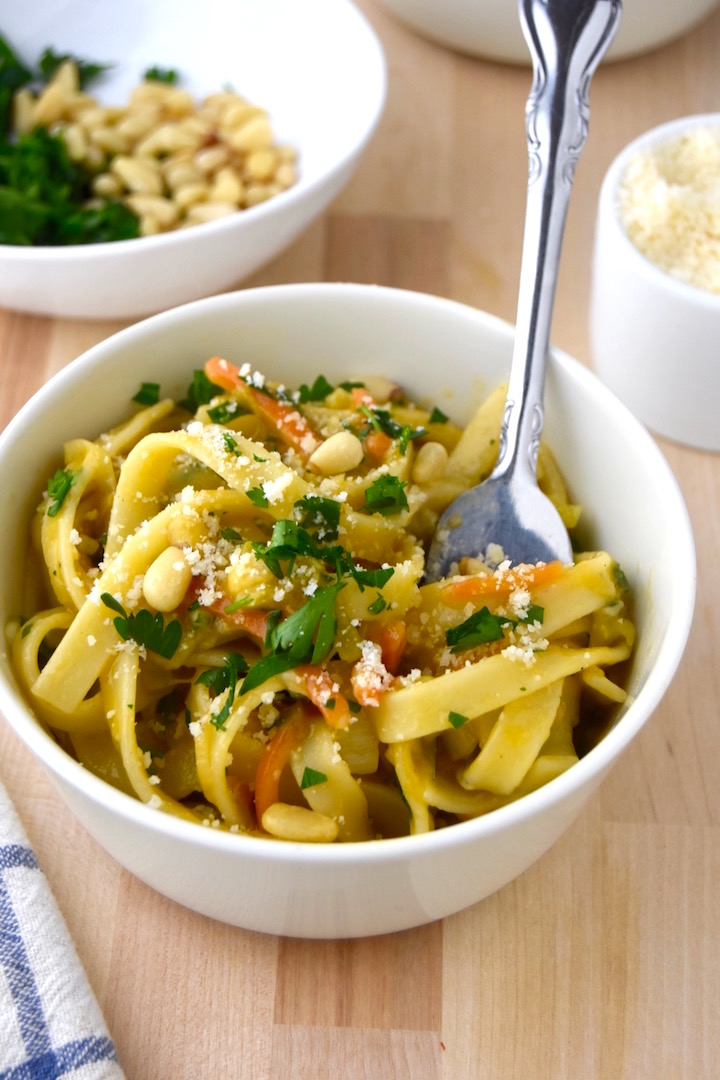 One Pot Fettuccine Pasta with Leeks and Parmesan